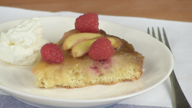 Upside-down peach and raspberry cake