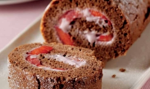 Fruity chocolate roulade