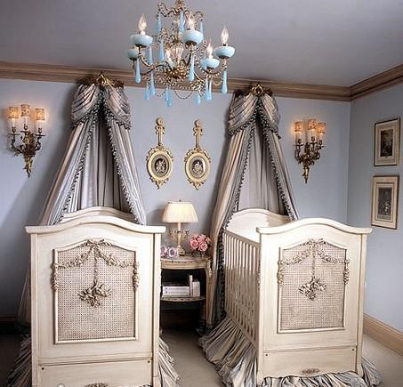 Bonne Nuit Cherubini Crib in Opulent Finish