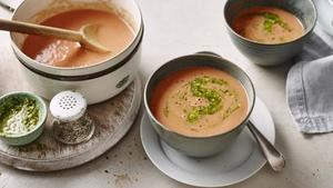 Ten-minute tomato soup