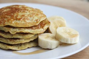 Healthy and delicious TWO-INGREDIENT pancakes