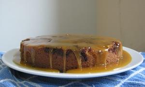 Apple fudge cake