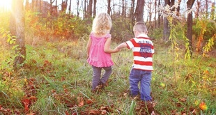 From toddlers to school children: Helping your child navigate friendships
