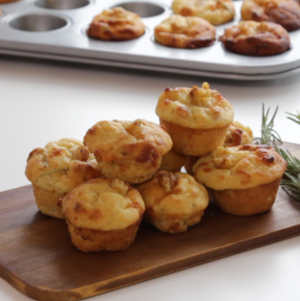 Honey, goat cheese and walnut mini-muffins