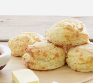Red pepper flakes and cheddar scones
