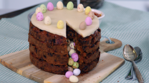 Piñata simnel cake