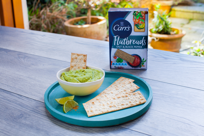 Jalapeno Hummus with Carr's Salt & Black Pepper Flatbread