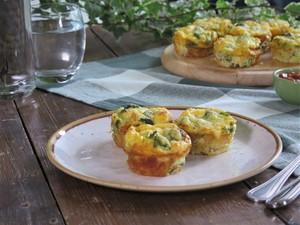 Broccoli and bacon mini frittata