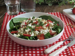 Strawberry, goat cheese and quinoa salad