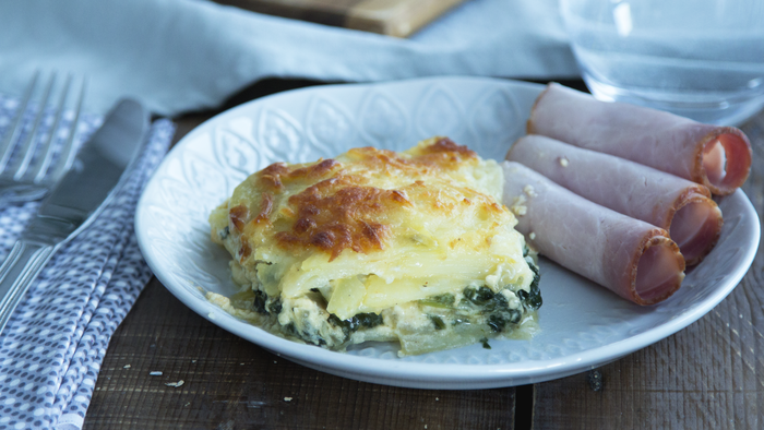 Creamy spinach and potato casserole