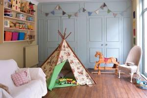 Vintage chic childrens bedrooms: 10 pretty rooms with a hint of the olde worlde