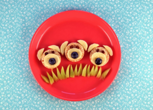 Make snack time the MOST fun with these cute plate ideas